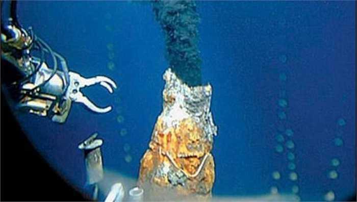 Một điều vô cùng đáng tò mò nữa là các chuyên gia ước tính có khoảng 20 triệu tấn vàng vẫn nằm dưới đại dương.