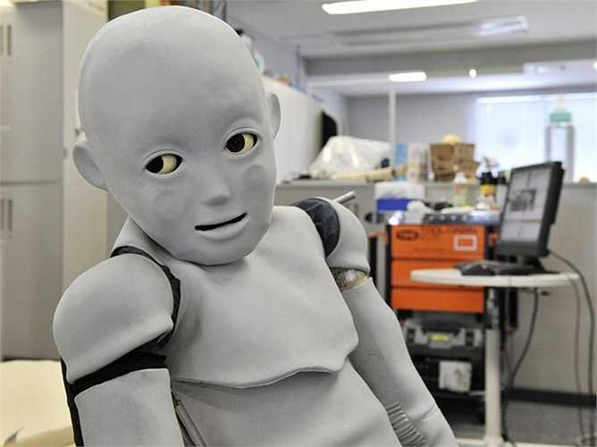 11. Các loại robot. Người Nhật Bản nổi tiếng với khả năng chế tạo robot. Tuy nhiên, khá nhiều model của họ trông khá đáng sợ. Giả sử như loại robot giống trẻ con và cũng kêu khóc om sòm hay robot có thể học các biểu cảm khuôn mặt của bạn rồi bắt chước theo ...