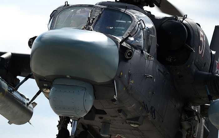 Cận cảnh chiếc trực thăng Ka-52 'cá sấu' của Không quân Nga