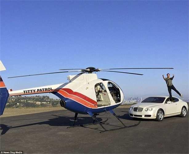 Chiếc trực thăng cá nhân của Tony.