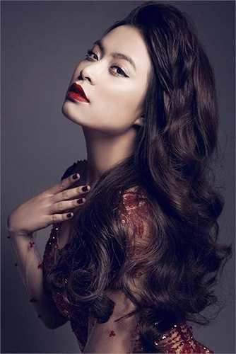 Hoàng Thuỳ Linh đang là một cái tên nổi bật của showbiz