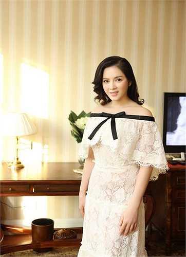 Chiếc váy 2 tỷ đồng làm xôn xao dư luận của thương hiệu Chanel.
