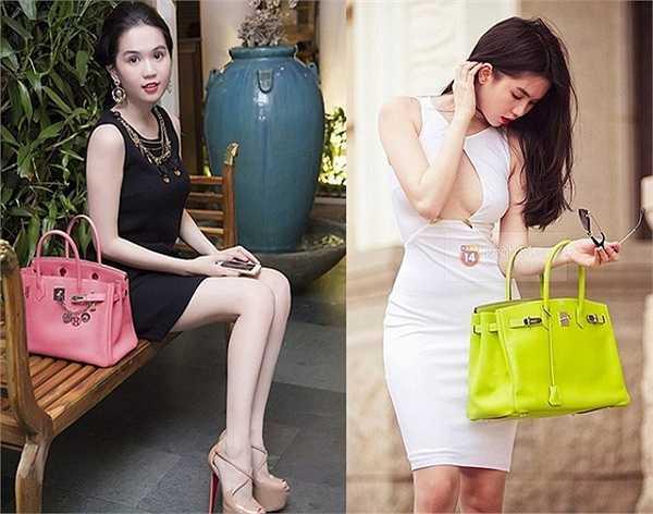 Mỗi trang phục lại được người đẹp kết hợp với một loại túi xách khác nhau.