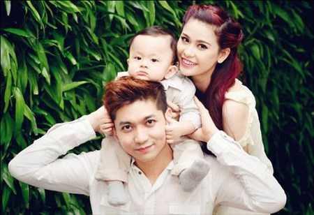 Vợ chồng xảy ra mâu thuẫn, Trương Quỳnh Anh ôm con bỏ nhà ra đi vào cuối năm 2014.