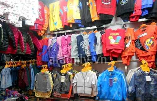 Cách nhận biết quần áo nhiễm độc đang giết trẻ em