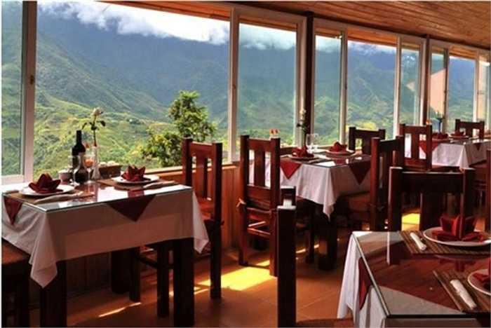 Giá phòng của khách sạn này khá cao, từ 35 - 60 USD/phòng (khoảng 760.000 đồng đến 1,3 triệu đồng), đã bao gồm xuất ăn sáng tại nhà hàng của Eden. Tuy nhiên, vì bị hét giá nên khách sạn cũng bị phạt.
