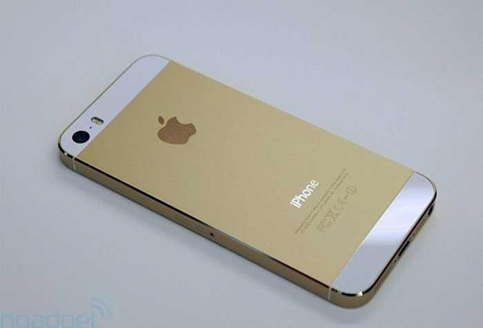 Phiên bản màu vàng của iPhone 5S là phiên bản iPhone được ưa thích nhất tại nhiều thị trường trên thế giới, trong đó có Việt Nam. Ngoài ra, cảm biến vân tay và công nghệ máy ảnh mạnh mẽ trên iPhone 5S cũng khiến người dùng mê mệt
