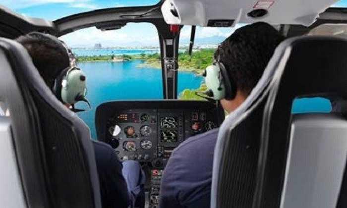 Hiện tại, một số công ty lữ hành đã đặt tour tham quan bằng trực thăng, khởi hành hàng ngày, buổi sáng bắt đầu từ 08h00, buổi chiều bắt đầu từ 14h00.