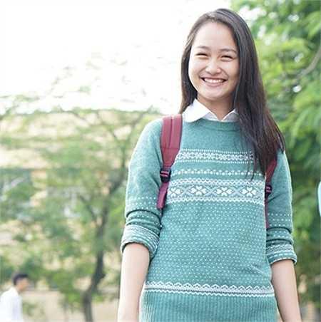 Cô bạn từng nhận Giải nhất cuộc thi Sparkling Chu Văn An 2014, thủ khoa đầu vào hệ phổ thông với số điểm 60, HCV Taekwondo thành phố Hà Nội 2014...
