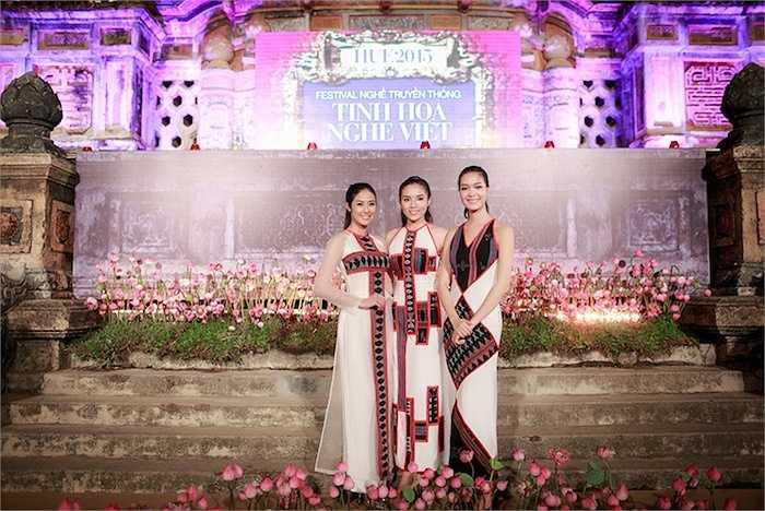 Ba Hoa hậu Việt Nam Thuỳ Dung, Ngọc Hân, Kỳ Duyên đã cùng góp mặt để trình diễn những bộ sưu tập này.