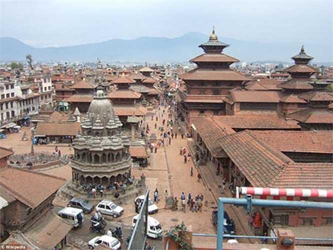Quảng trường Kathmandu Durbar - trái tim của thủ đô Kathmandu - tập trung nhiều đền đài và những mái nhà mang nét kiến trúc riêng ấn tượng.