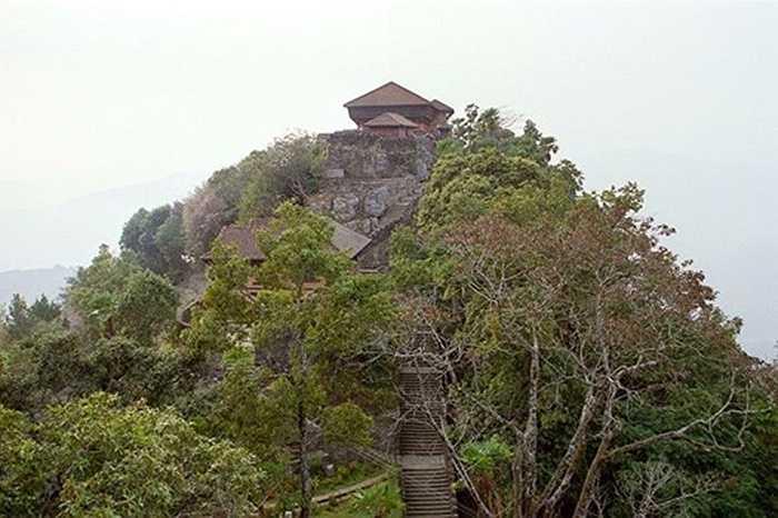Cung điện cổ của vua Nepal Prithvi Narayan Shah thời xưa nằm trên một ngọn đồi ở Gorkha. (nguồn: kienthuc.net.vn)