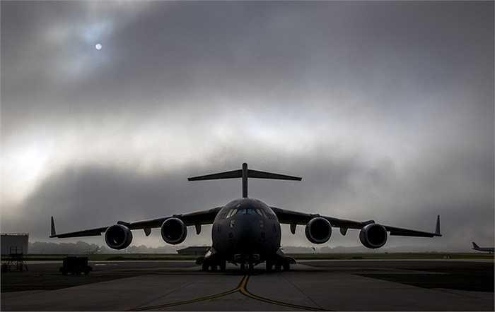 Trong trường hợp khẩn cấp, luôn có một chiếc C-17 dự phòng