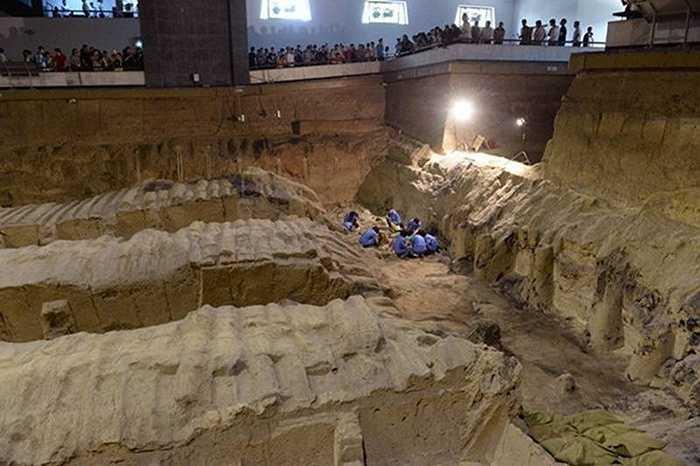 Năm 1987, lăng mộ và cả Đội quân Đất nung đã được UNESCO công nhận là Di sản văn hóa thế giới.