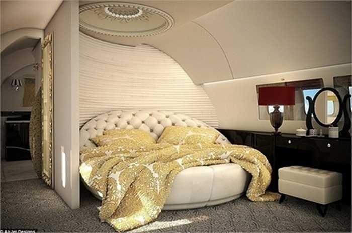 Phòng ngủ với gỗ ốp cao cấp, các loại da đắt tiền và tấm thảm sàn cũng là loại xịn nhất.