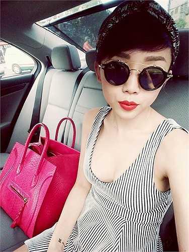 Phong cách thời trang của Tóc Tiên luôn phóng khoáng và ấn tượng.