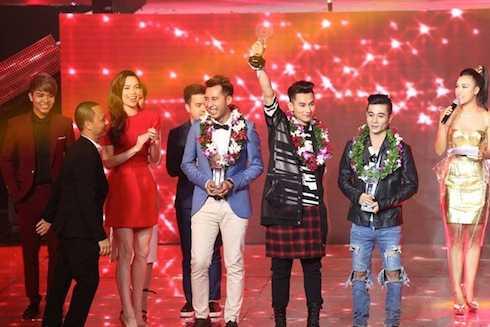 Issac đoạt giải Bạc.