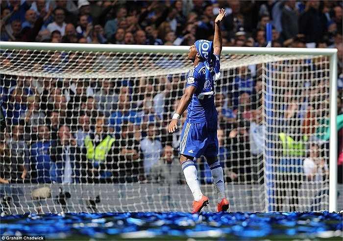 Mourinho tuyên bố muốn tiếp tục vô địch cùng đội bóng thành London