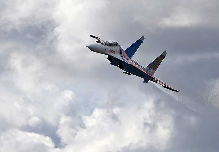 Chuẩn bị cho lễ kỷ niệm ngày Chiến thắng 9/5 tới đây, đội bay Hiệp sỹ Nga đang tích cực chuẩn bị hậu cần và tập luyện để có màn trình diễn đẹp mắt.