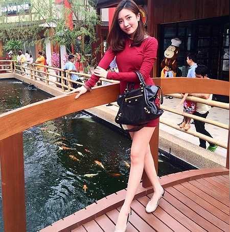 Xinh đẹp và nhiều tài lẻ, hot girl Thái Lan được người hâm mộ dành tặng cho danh hiệu 'Hot girl sữa rửa mặt' hay 'hot girl dầu gội đầu'.