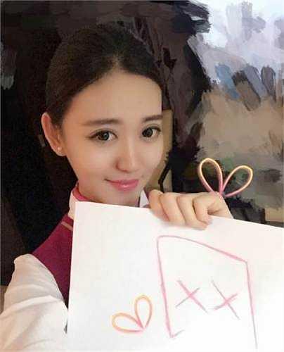 Hình ảnh 'tự sướng' của Zoe Yao cũng làm xao xuyến dân mạng.