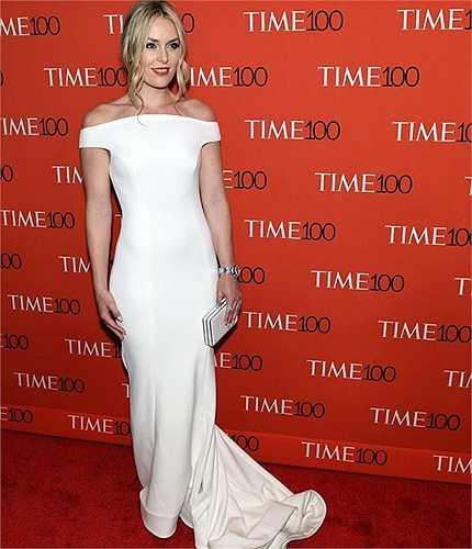 Lindsey Vonn diện đầm trắng dáng đuôi cá, ôm trọn đường cong gợi cảm tại Time100 Gala ở New York hôm 21/4