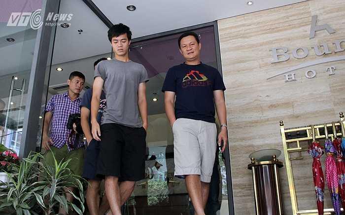 Tại khách sạn Bounty chỉ có nhóm cầu thủ của HAGL và trợ lý Nguyễn Quốc Tuấn.