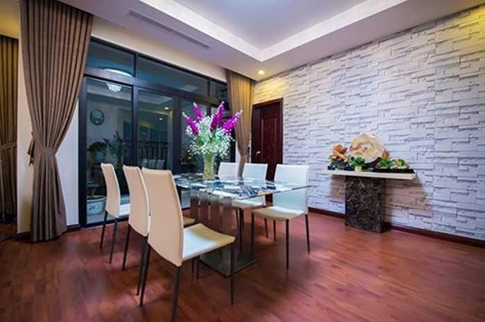 Không chỉ vậy, mới đây, người đẹp mua căn hô chung cư cao cấp ở Hà Nội.
