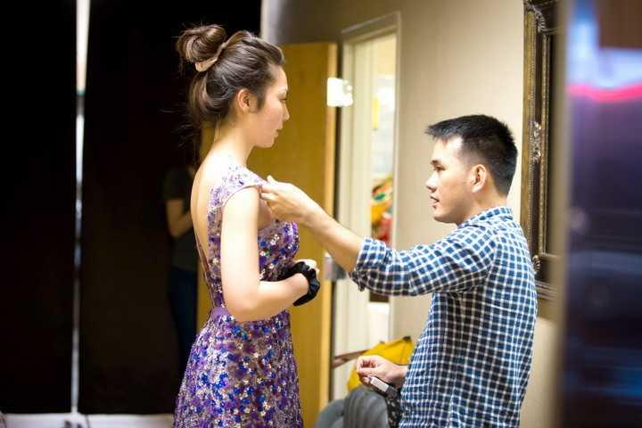 Vừa qua, hoa hậu châu Á tại Mỹ 2014 – Jennifer Chung đã tham gia vào một show diễn thời trang từ thiện của NTK Lê Thanh Hòa và Thủy Nguyễn được diễn ra tại Mỹ.