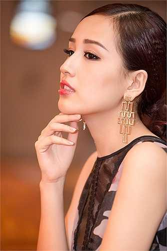 Mai Phương Thuý chia sẻ lý do xuất hiện tại sự kiện là vì nhãn hàng tài trợ phần thưởng cho chương trình mời cô tham dự.