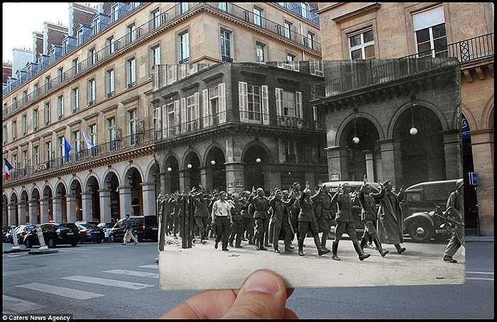 Những người lính của Đức Quốc xã dơ tay đầu hàng