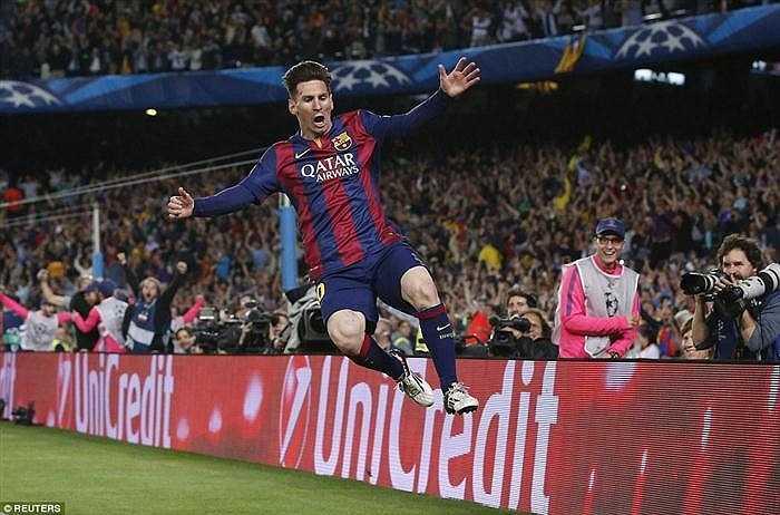 Nhưng Messi đã tỏa sáng đúng lúc. Hai pha dứt điểm của anh đều rất quái. Một đi vào góc gần, làm Neuer bất ngờ. Một bấm bóng bằng chân phải đầy tinh tế.