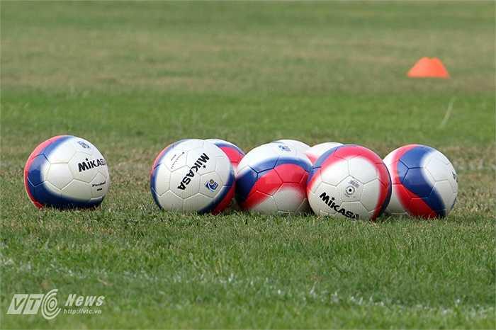 Đây là những trái bóng mới xuất hiện trên sân tập của U23 Việt Nam chiều 7/5.
