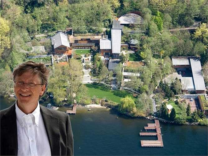 Tỷ phú BillGates dành thời gian ở nhiều trong dinh thự ở Medina (Washington). Đây là khu đất, ông mua với giá 3 triệu USD nay có giá khoảng 12,3 triệu USD