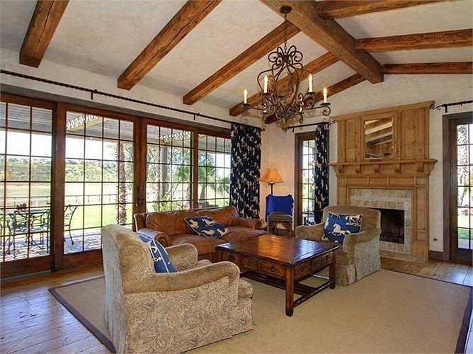 Căn nhà từng là sở hữu của chuyên gia về giảm cân Jenny Craig trước khi bán lại cho tỷ phú Bill Gates
