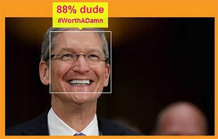 Tim Cook, Giám đốc điều hành Apple. Nhân vật này được cho là người đồng tính và chính bản thân ông cũng từng xác nhận điều đó.