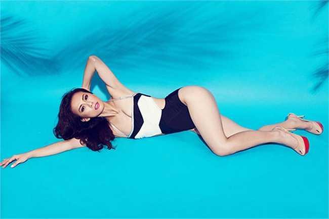 Áo tắm 1 mảnh không chỉ mang đến sự quyến rũ cho người mặc, mà còn có giới hạn an toàn cao hơn hẳn bộ bikini 2 mảnh 'tí hon'.