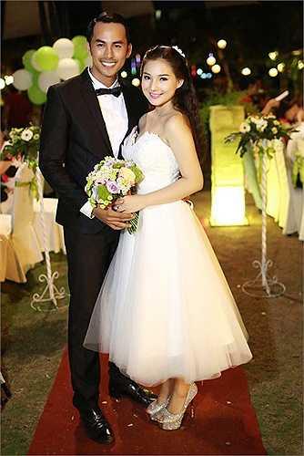 Tháng 6.2014, cả hai chính thức làm đám cưới tại TP HCM.