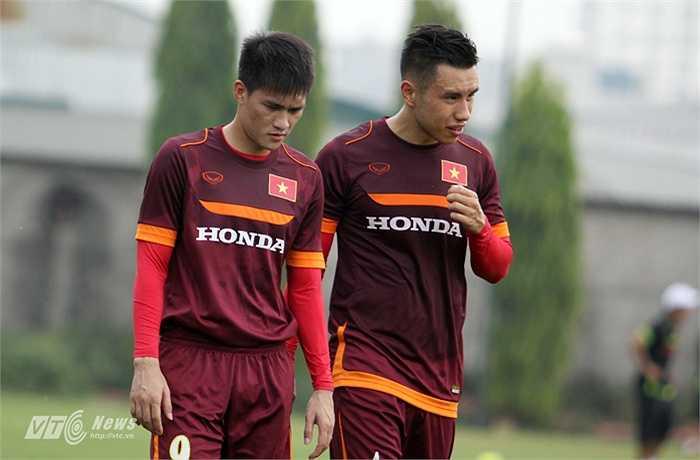 Công Vinh và Michal Nguyễn là những cầu thủ lên tập trung ĐT muộn do B.Bình Dương bận thi đấu tại AFC Champions League 2015.