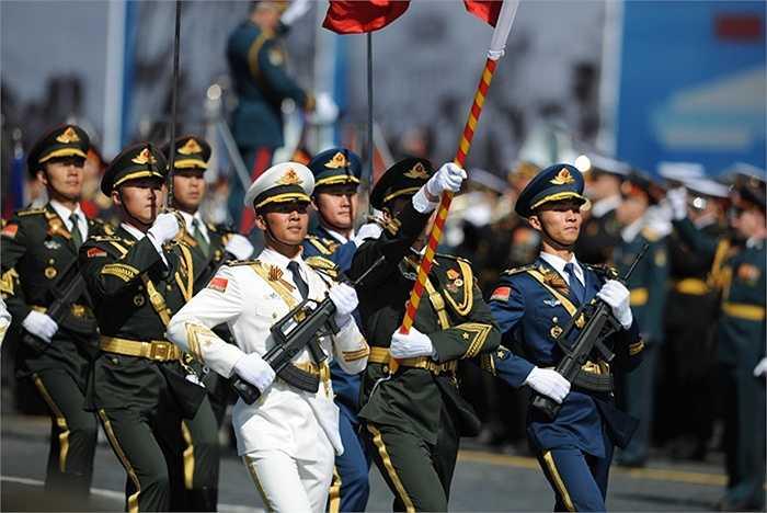 Các binh sỹ Trung Quốc tham gia lễ tổng duyệt