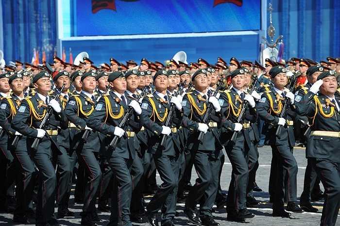 Đội hình của Mông Cổ tham gia lễ duyệt binh