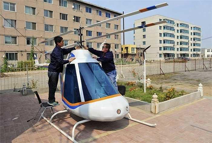 Tian Shengying đã chế ra được một chiếc trực thăng cỡ nhỏ ở TP. Thẩm Dương, tỉnh Liêu Ninh.