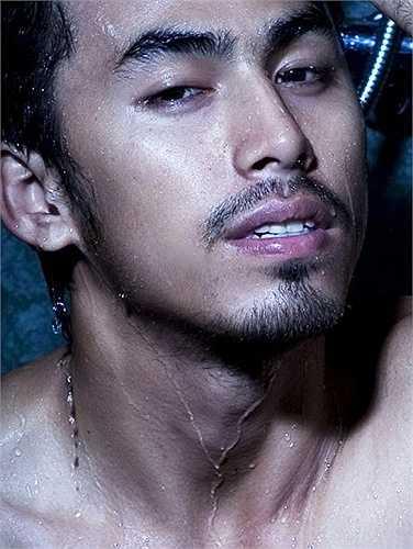 Người mẫu, diễn viên Duy Nhân tên thật là Trần Ái Duy Nhân, quê ở Bình Dương. Anh khởi nghiệp là một người mẫu.