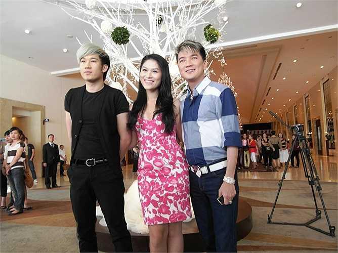 Đàm Vĩnh Hưng xác lập kỷ lục với việc hát liền 54 bài hát ở TP.HCM và 60 ca khúc ở Hà Nội.