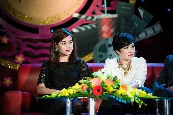 Tháng 2 năm 2015, trong talkshow có chủ đề Doanh thu phim Việt phát sóng dịp Tết Nguyên Đán, Hoàng Thùy Linh được chọn là một trong những khách mời. Cô có dịp hội ngộ với Đan Lê – vai trò MC, và nữ ca sỹ Phương Thanh trên truyền hình.