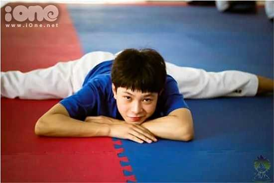 Không chỉ là một kiện tướng Taekwondo, Thanh Phong còn là gương mặt Đại sứ Tài năng, Đại sứ thân thiện tại cuộc thi thể thao của trường.