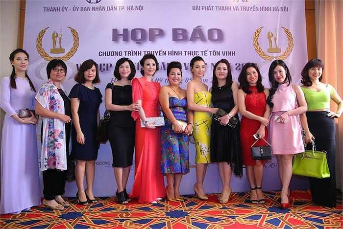 Chào mừng ngày Doanh nhân Việt Nam 13/10 và ngày Phụ nữ Việt Nam 20/10, Đài truyền hình Hà Nội đã tổ chức chương trình truyền hình thực tế 'Vẻ Đẹp Quyền Năng Việt Nam 2015'.