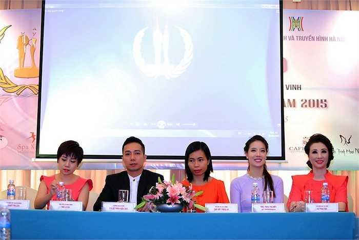 Chương trình sẽ diễn ra liên tục từ ngày 01/04 – 11/10/2015 và đêm Gala 'Vẻ đẹp quyền năng Việt Nam 2015' sẽ được truyền hình trực tiếp trên Đài truyền hình Hà Nội/ Đài truyền hình Việt Nam từ 20h – 22h ngày 11/10/2015 tại khách sạn Deawoo Hà Nội.