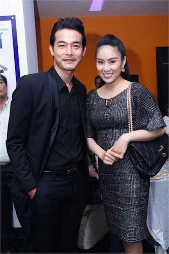 Những lần xuất hiện cùng chồng cũ tại các sự kiện showbiz, gu thời trang của Lê Phương khá mờ nhạt và xưa cũ