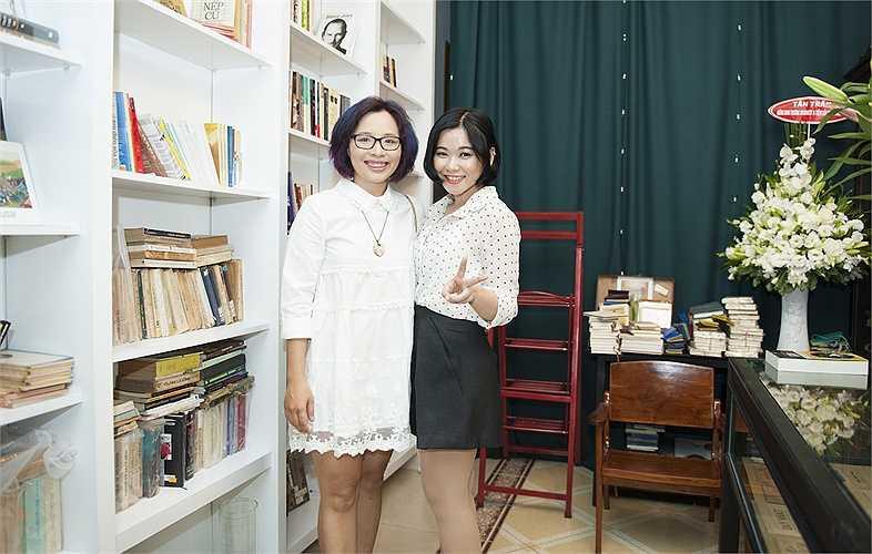 Biên tập viên thời trang Dạ Thương - chủ tiệm sách và ca sỹ Trương Thảo Nhi.